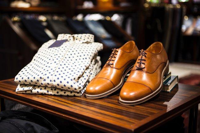 Eleganckie buty w prezencie na 50 urodziny dla kolegi