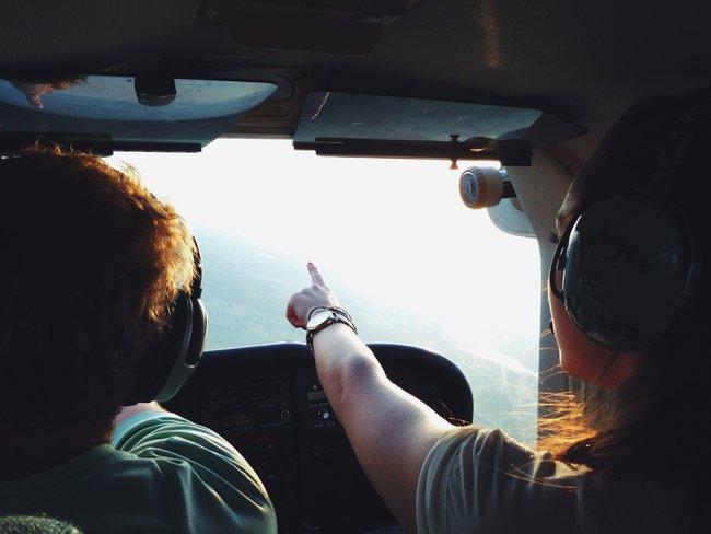 Kurs pilotażu w prezencie na 50 urodziny dla męża