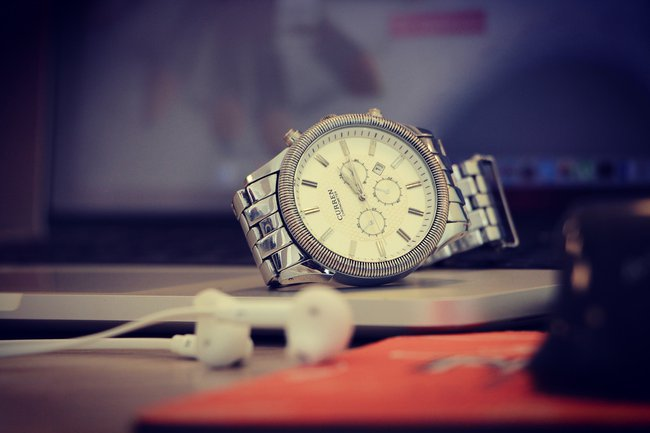 Zegarek w prezencie na 18 urodziny dla kolegi