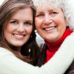 prezent dla babci - babcia i wnuczka