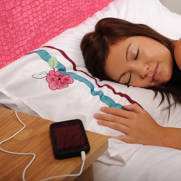 co_kupic_dziewczynie_na_urodziny_zeby_jej_zaimponowac_muzyczna_poduszka