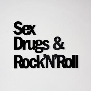prezent_dla_fana_rock_n_rolla_napis_na_sciane_sex_drugs_rock_n_roll