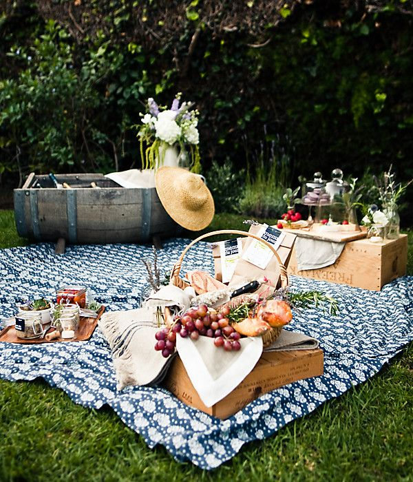 prezent_dla_mamy_ktory_ja_zaskoczy_piknik_na_trawie