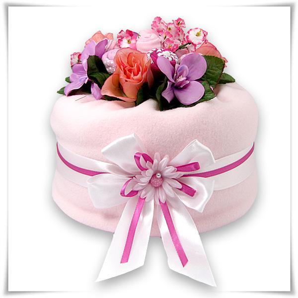 prezent_na_roczek_dla_dziewczynki_ktory_zafascynuje_malucha_tort_z_pampersow