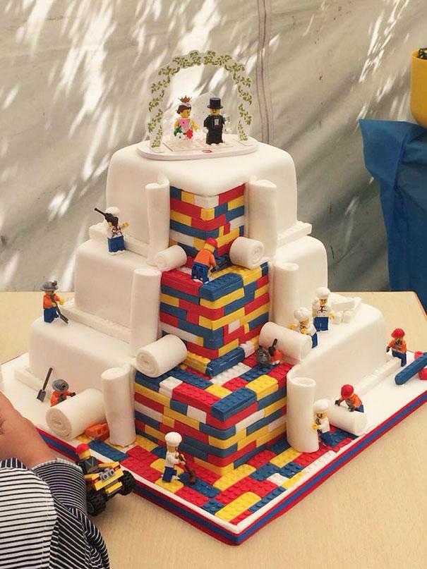 Niesamowite_torty_na_kazda_okazje_slubny_tort_lego
