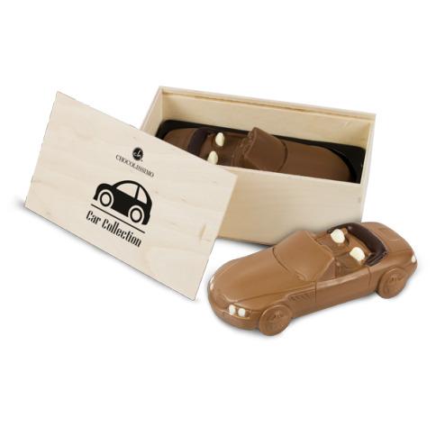 czekoladowy_prezent_to_dobry_prezent_bmw_w_drewnianej_skrzynce
