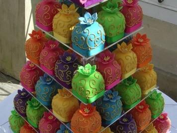 Przydatny_prezent_na_18_tort