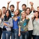 czego_najbardziej_potrzebuje_student_5_prezentow_dla_zakow_grupa_studentow
