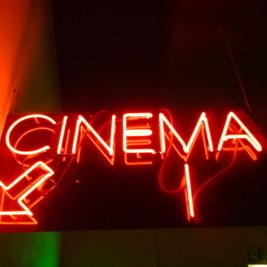 Cinema - prezent na dzień chłopaka