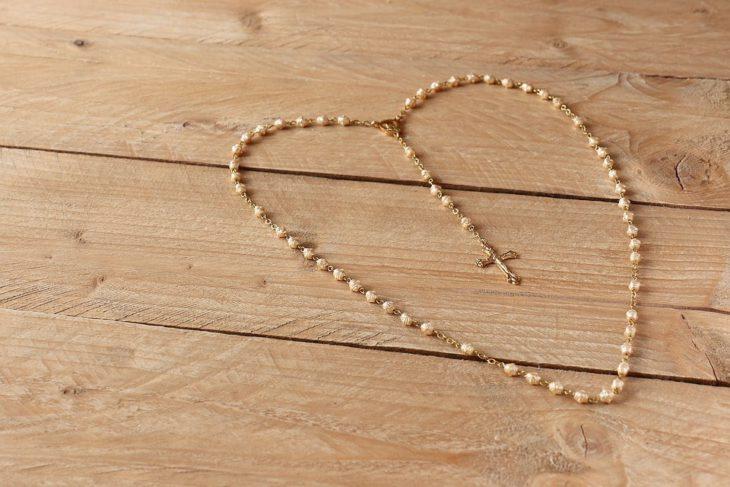 Religijne prezenty dla dziecka na Pierwszą Komunię